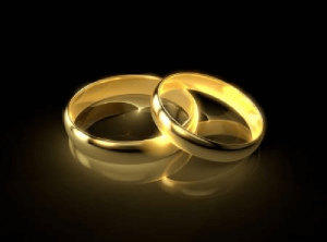 gold rounded ring
